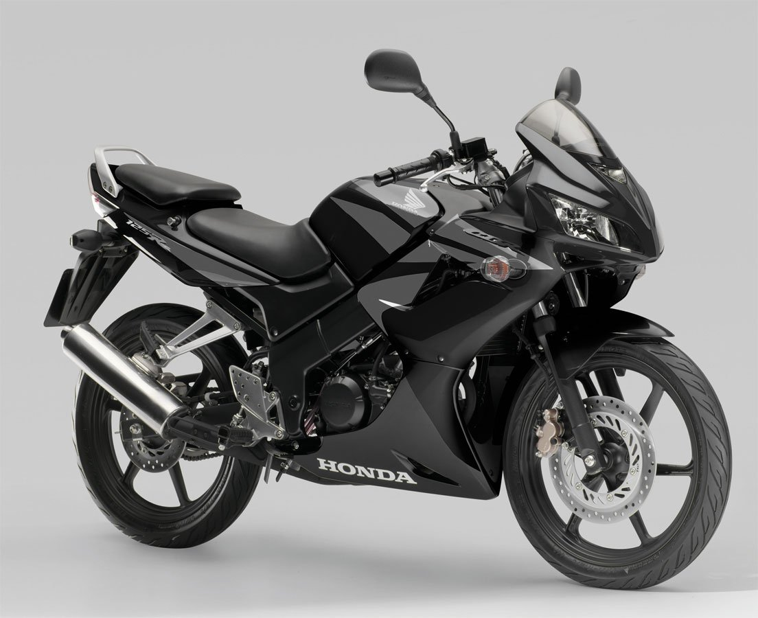 honda cbr 125 4temps 2007 at le vampire audiophile. Black Bedroom Furniture Sets. Home Design Ideas